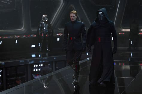 star wars 7 elsa a succomb la force de ses pouvoirs analyse et explications de star wars le r 233 veil de la