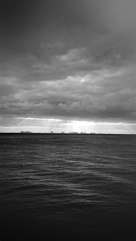 black and white ocean wallpaper mu25 sea city bw dark ocean nature sky cloud blur