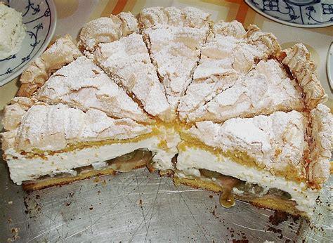 stachelbeer baiser kuchen stachelbeer kuchen baiser rezept appetitlich foto