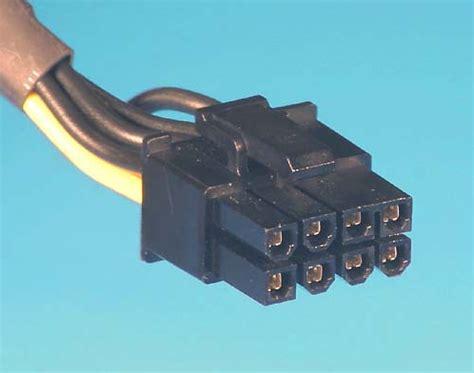 Kabel Power Molex Ke 2x Sata why does my ps an 8 pin 4 pin and a 6 pin