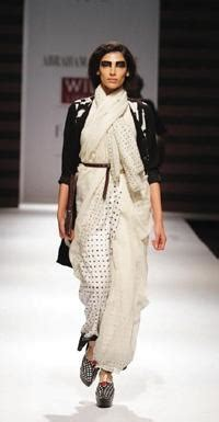 Fabulous Accessories By Abraham Thakore by A T Message In Handwoven Sari Abraham Thakore News