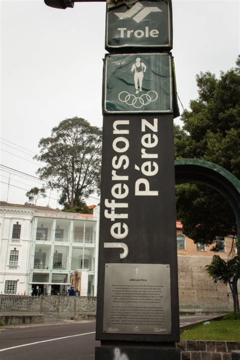 jefferson perez biography in english jefferson p 233 rez trolebus station quito piran caf 201