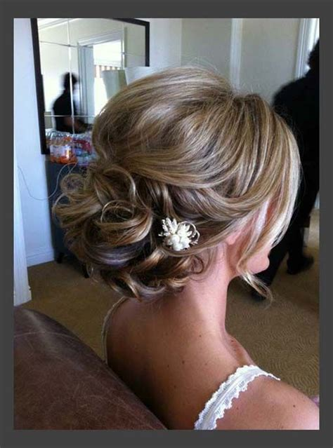 Wedding Hair Updos Medium Lengths by 16 Pretty And Chic Updos For Medium Length Hair Pretty
