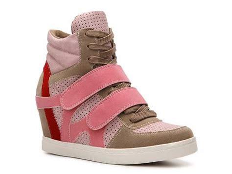 wedge sneakers dsw n y l a brander wedge sneaker dsw