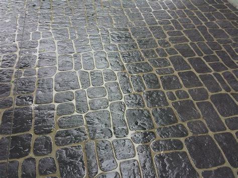 austrian cobblestone concrete stencil driveway