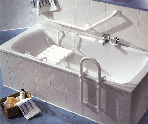 Einstieghilfe Badewanne badewanne einstiegshilfe wellness sauna bad pool