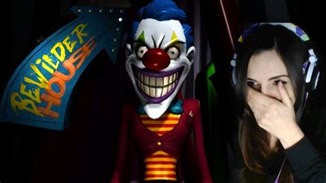 girl house games girl cries playing scary clown game bewilder house youtube