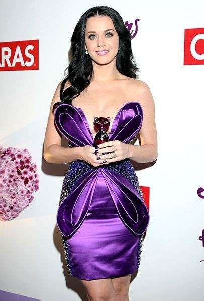 Batik Katty Perry Batwing katy perry s 50 most outrageous cake ideas i d to try photos