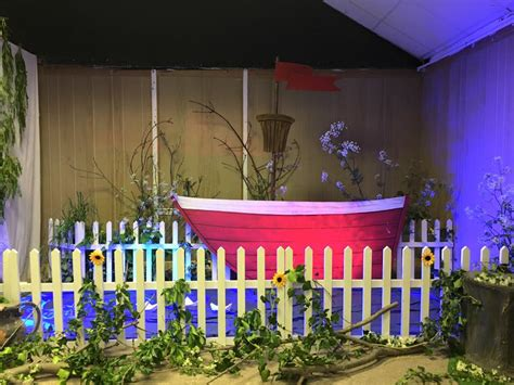 a themed events in river grove prop and set piece hire jezo