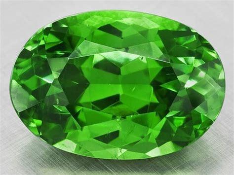 demantoid green gemstone in leh jammu and kashmir india