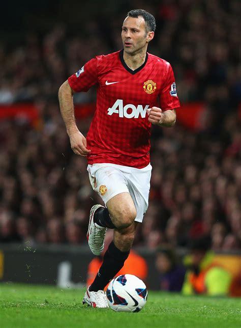 Giggs Manchester United Corinthian Prostars Headliners sele 231 227 o de craques marca 26 anos de ferguson no manchester united sportv