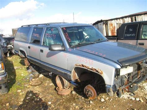 1993 chevrolet suburban 1500 5 7l engine motor 19964240 94 chevy suburban 1500 radiators 8 350 5 7l w engine oil cooler 518182 ebay