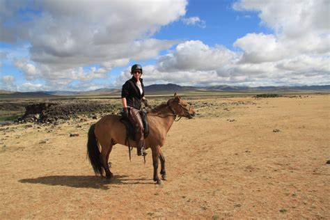 mongolia express mongolia horse riding holidays
