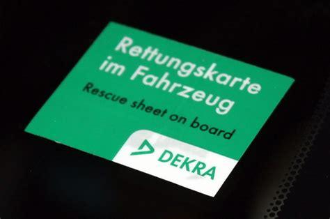 Rettungskarte Aufkleber by 250 000 Aufkleber Zu Rettungsdatenbl 228 Ttern Von Dekra
