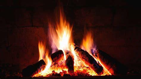 come accendere il camino come accendere il caminetto a legna il calore e la magia