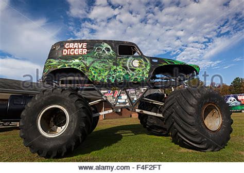 grave digger north carolina monster truck north carolina poplar branch digger s dungeon home of