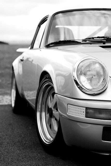 Black n' White porshe www.deepknowhow.com | Car wheels