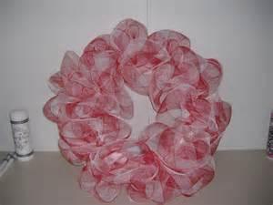 the wreath artist decorative mesh wreaths easy