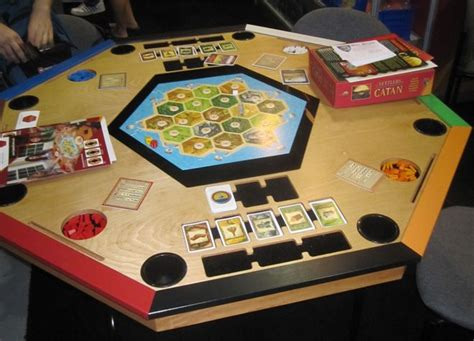 settlers of catan table sib house