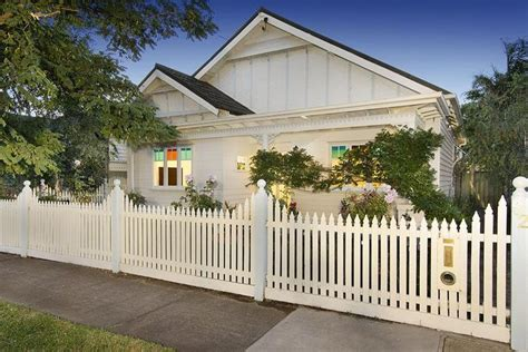and white californian bungalow exterior colour