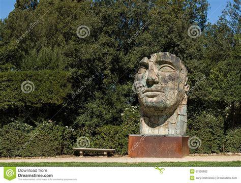 giardini di boboli prezzo scultura tindaro screpolato da igor mitoraj nei giardini