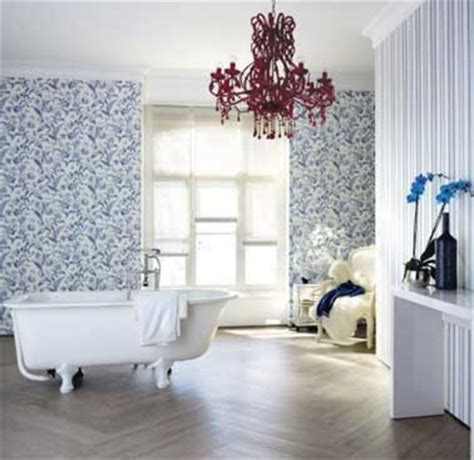Impressionnant Lame Pvc Pour Salle De Bain #7: Salle-de-bain-ambiance-cosy-avec-vinyle-imitation-parquet.jpg