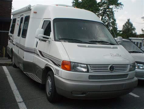 motorhome volkswagen vw motorhome pictures to pin on pinsdaddy