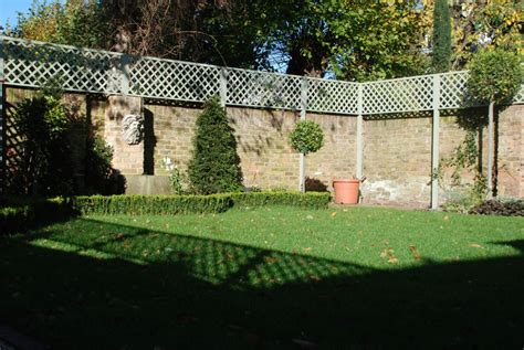 Trellis Fencing On Top Of Wall Gallery