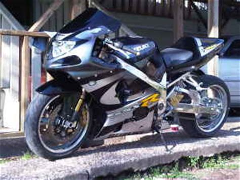2001 gsxr 1000,chrome and stretched $7500 victoria