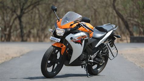 cbr 150r honda cbr 150r 2013 rc std exterior bike photos overdrive