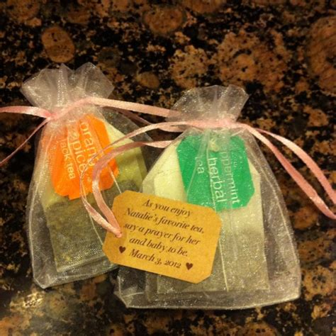 Baby Shower For Lots Of Guests by 25 Best Ideas About Cheap Baby Shower Favors On