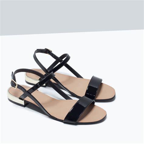 zara glossy flat sandals in black lyst