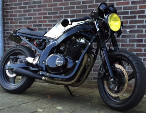 Led Rücklicht Gs 500 E by How To Build A Caferacer In 3 Minutes Suzuki Gs 500