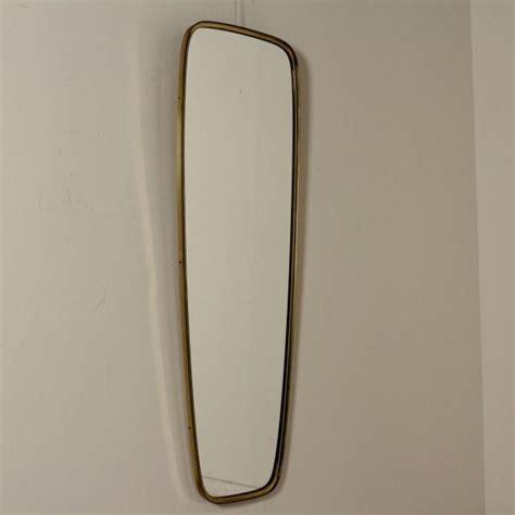 specchi da parete con cornice oltre 25 fantastiche idee su specchio con cornice in legno