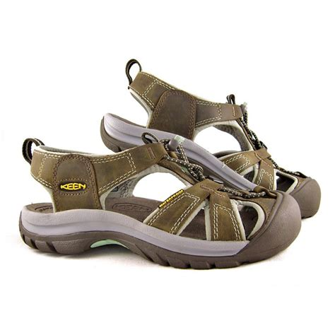 waterproof sandals womens keen sandals shoes and boots buy keen footwear at