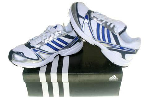 Sepatu Olah Raga T Filo graha sepatu olah raga