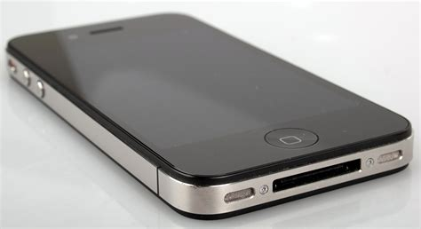 Apple Four apple iphone 4 review