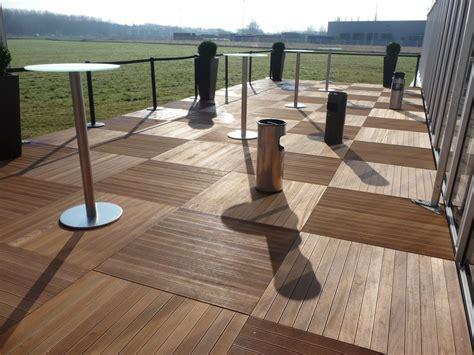 terrasse teck terrasse en teck espace couvert