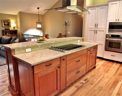 kitchen designs for split level homes gkdes com raised ranch kitchen traditional with glass tile