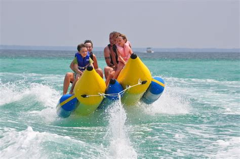 banana boat tour destin 301 moved permanently