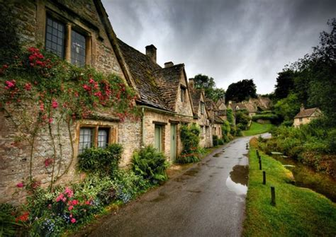 house beautiful uk a postcard beautiful english village of bibury uk