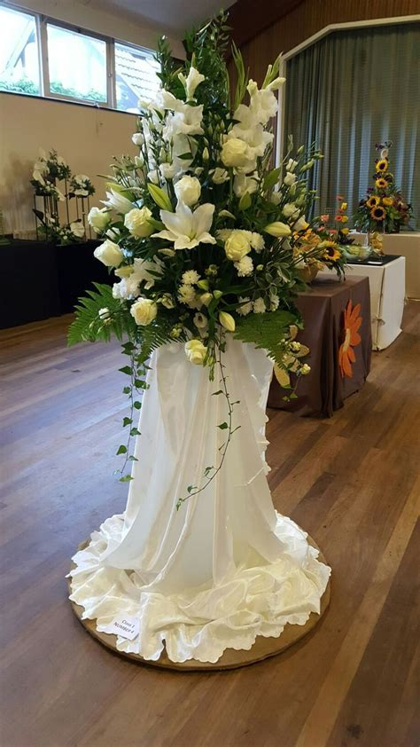 Woodhall Spa   flower arrangement   Flower arrangements