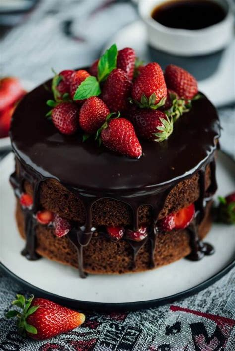 decoration of cake with decorate cake with strawberries 88 exles cakes that