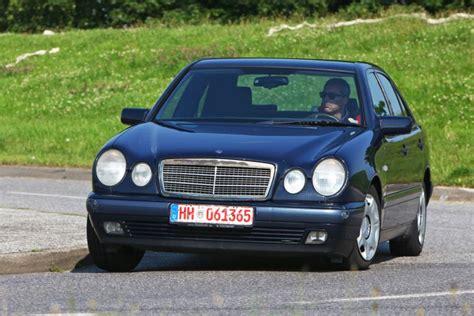 Wie Viele Steuergeräte Hat Ein Auto by Gebrauchte E Klasse Im Test Bilder Autobild De