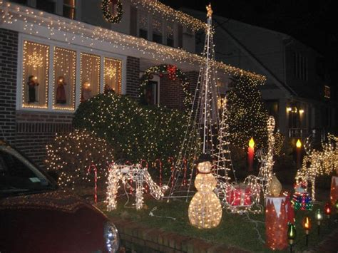 Dyker Heights Lights Address by Dyker Heights Draws More Than 100 000 Visitors