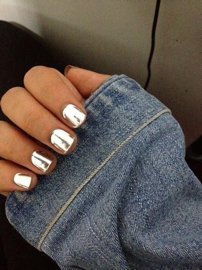 chrome nail polish on pinterest metallic nail polish i want this polish essie no place like chrome 5 15