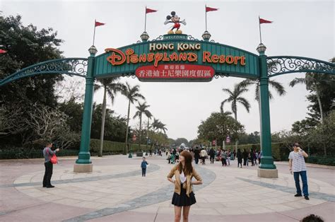 01 Day Hong Kong Disneyland Anak 1 hong kong disneyland fantasyland hk day 2 1 pekyj 183 travel food singapore