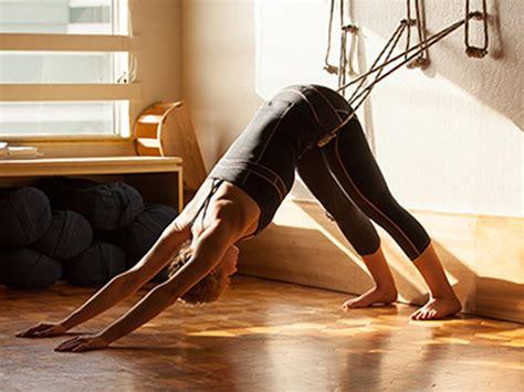 2702911315 yoga iyengar initiation aux yoga iyengar blog dandk