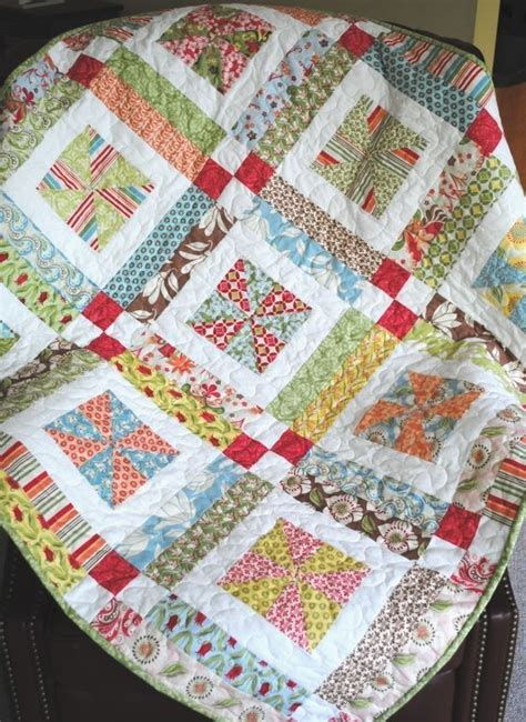 Simple Quilt Pattern For Beginners | lemonade lollipop baby quilt pattern easy one layer