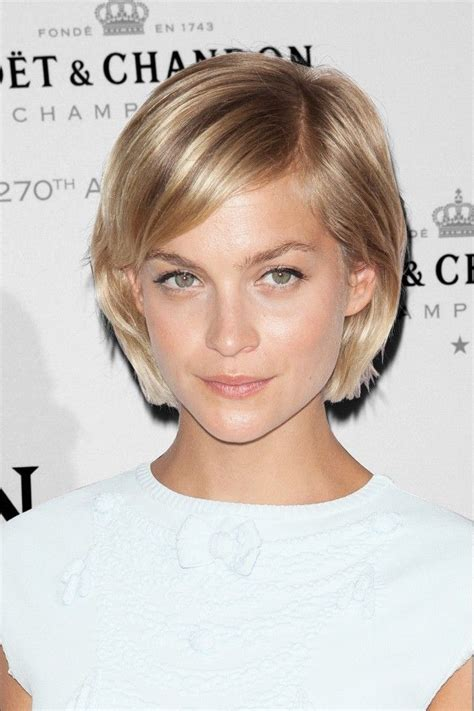 top 25 hairstyles for heart best short hairstyles for heart shaped face hairstyles